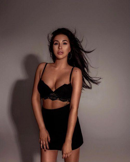 Angelina Escort Lady